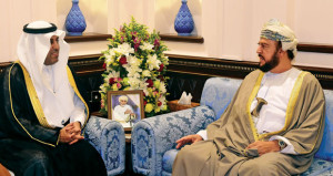 بتكليف من جلالته .. أسعد بن طارق يستقبل رئيس البرلمان العربي