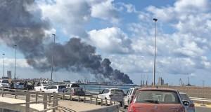 ليبيا: هجومان يستهدفان ميناء طرابلس ومطار معيتيقة