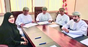 اتفاقية لإنشاء أكشاك تجارية بولاية طاقة
