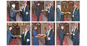 جلالة السلطان يتقبل أوراق اعتماد عدد من سفراء الدول الشقيقة والصديقة المعتمدين لدى السلطنة
