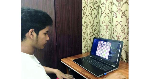 (عمان للشطرنج) عبر الإنترنت