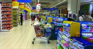 مستهلكون يؤكدون أهمية تشجيع التسوق الإلكتروني وخدمات التوصيل إلى المنازل عبر التطبيقات الإلكترونية