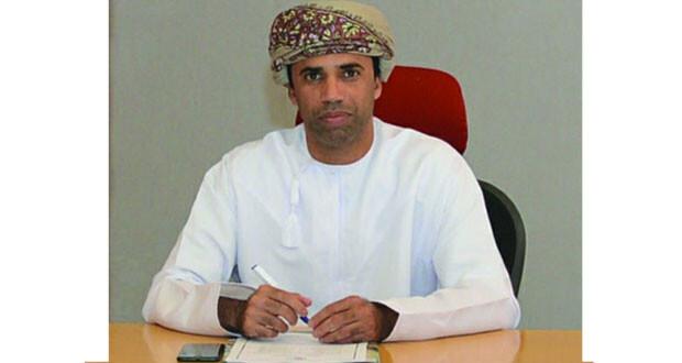 سيف الغافري رئيس لجنة الحكام باتحاد الكرة لـ(الوطن الرياضي): راضون عن مستوى الحكام والتقدير العام جيد جدا