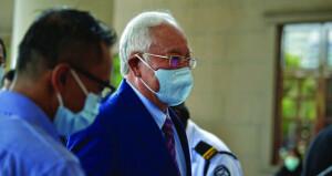 ماليزيا تستأنف محاكمة نجيب رزاق بقضية فساد