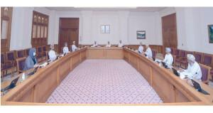 «التعليم والبحوث» بمجلس الدولة تستعرض برامج «الغرفة» لتطوير البحث العلمي