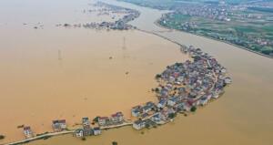 ارتفاعات قياسية لمناسيب المياه فـي 33 نهرا بالصين