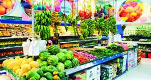 كبار التجار والموزعين: السلع الغذائية المتوفرة في المخازن تكفي لأكثر من 3 أشهر