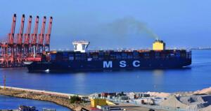 ميناء صلالة: مناولة مليونين و 199 ألف حاوية خلال النصف الأول من العام الجاري