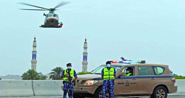شرطة عمان السلطانية: التزام أكبر ووعي أكثر خلال اليوم الثالث من منع الحركة وانخفاض عدد البلاغات