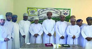 توقيع اتفاقية تعشيب ملعب فريق الشاطئ التابع لنادي المصنعة
