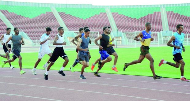 مشاركة إيجابية في سلسلة الدورات التنشيطية لمدربي وحكام ألعاب القوى