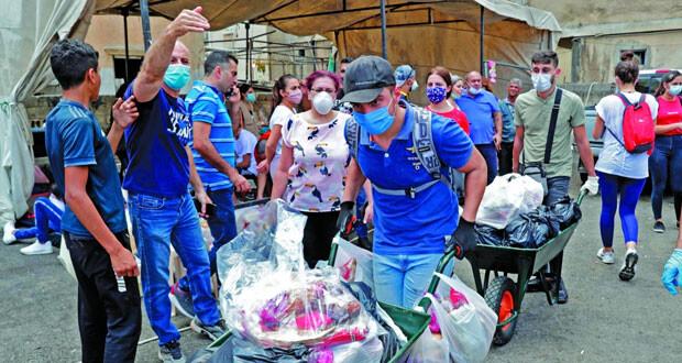 لبنان: غضب متزايد رغم استقالة الحكومة وفرنسا تدعو لـ(الاستماع للشعب)