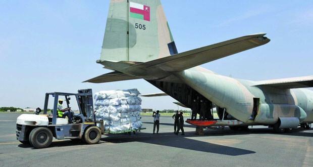 بتوجيهات سامية .. السلطنة تواصل تسيير رحلات إغاثة جوية إلى السودان