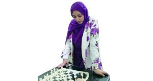 خديجة القاسمية لـ «الوطن الرياضي»: لعبة الشطرنج من الألعاب المهمة التي يجب علينا ممارستها لتطوير مهاراتنا وصقل شخصياتنا