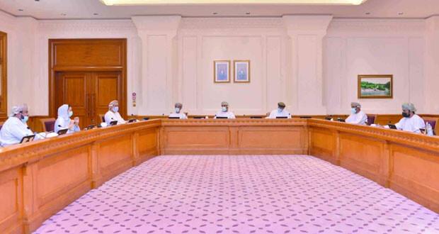 """""""الموارد البشرية بالشورى"""" تستعرض تعديلات قانون العمل العماني مع """"حقوق الإنسان"""" والجمعية الاقتصادية"""
