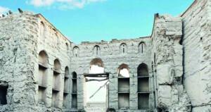لمحات من تاريخ حارة النزار الأثرية القديمة بإزكي