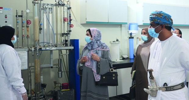 وزيرة التعليم العالي والبحث العلمي والإبتكار تزور جامعة ظفار