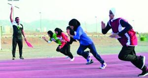 """عائشة الجابرية لـ""""الوطن الرياضي"""" : الرياضة النسائية بالسلطنة تحظى باهتمام كبير وحاضرة في مختلف الميادين الرياضية"""