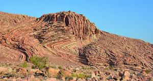 """بعنوان """"الجيولوجيا والكهوف الفريدة في عمان"""" .. الجمعية العمانية البريطانية تقيم محاضرة حول التراث الطبيعي"""