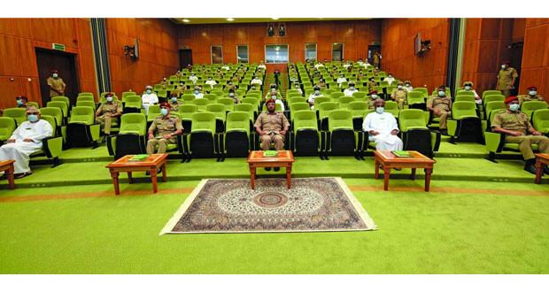كلية الدفاع الوطني تحتفل بافتتاح دورة الدفاع الوطني الثامنة