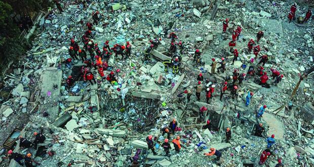 زلزال تركيا يودي بحياة 30 ..وعمليات البحث عن ناجين مستمرة