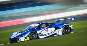 الفيصل الزبير ينهي مشاركته ثالثا في الفئة الفضية والرابع في الترتيب العام لسباق برتش GT