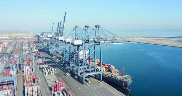 ارتفاع مناولة الحاويات عبر ميناءي صحار وصلالة بنسبة 9ر5%
