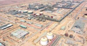 ٧٤% نسبة الإنجاز بمحطة تخزين النفط برأس مركز