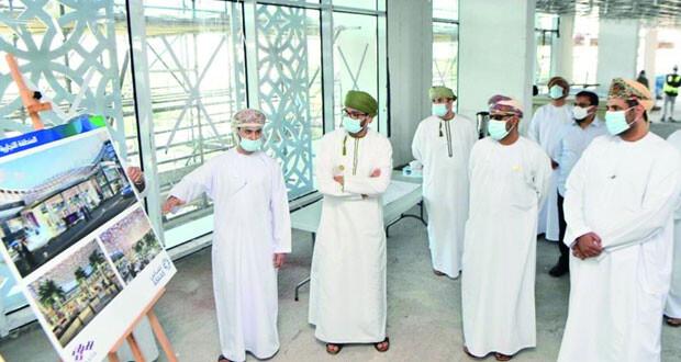 وزير العمل يزور مشروع إعادة تطوير معهد الإدارة العامة