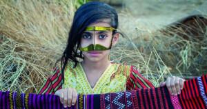 المصورة مريم الغزالية: إبراز الواقع العماني غاية رسالتي الفنية
