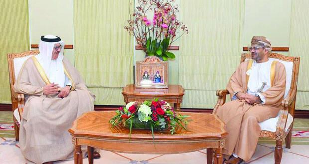 وزير الخارجية يبحث مع نظيره البحريني العلاقات الأخوية والقضايا ذات الاهتمام المشترك