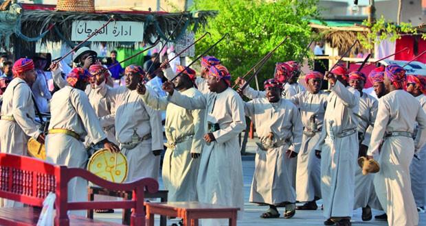 السلطنة تشارك في النسخة العاشرة لمهرجان المحامل التقليدية بقطر