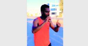 هيثم الصالحي يجري لمسافة 50 كيلومترا مشاركة في احتفالات السلطنة بالعيد الوطني الخمسين