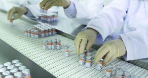40 مليون جرعة من «فايزر» لـ«كوفاكس».. والمدة بين جرعتي التطعيم قد تمتد لـ6 أسابيع