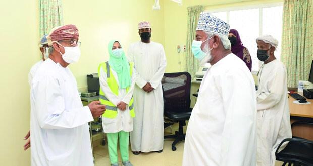 وزير الصحة: 7600 شخص تلقوا التطعيم ولم يتم تسجيل أي أعراض جانبية