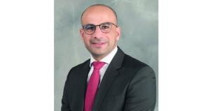 طبيب عماني يحصل على جائزة مايكل دفيدسون من جمعية جراحي القلب والصدر بالولايات المتحدة الأميركية