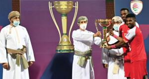 ظفار بطلا لكأس جلالة السلطان لكرة القدم للمرة العاشرة فـي تاريخه بخماسية تاريخية فـي شباك السويق
