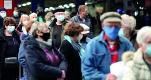 الصحة العالمية: من غير المرجح انتهاء الجائحة هذا العام
