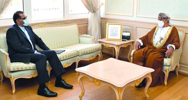 وزير الصحة يستعرض مع السفير الإيراني التطورات الناتجة عن انتشار جائحة «كوفيد ـ 19»