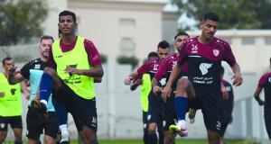 منتخبنا الوطني يطير إلى دبي استعدادا لتصفيات كأس العالم وأمم آسيا