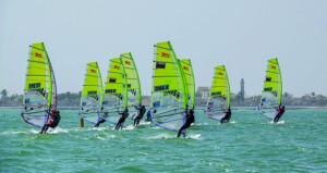 «عمان للإبحار» تفتح باب التسجيل والمشاركة فـي البطولة الآسيوية لقوارب التزلج بالألواح الشراعية