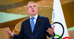 توماس باخ يطالب بتعزيز جهود التطعيم باللقاح قبل أولمبياد طوكيو