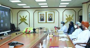 السلطنة تبحث تعزيز التعاون التجاري مع سريلانكا