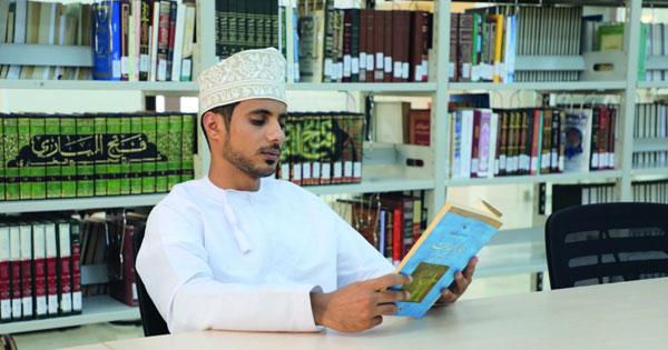 مركز منح الثقافـي صرح علمي وثقافـي يوفر بيئة معرفية جاذبة