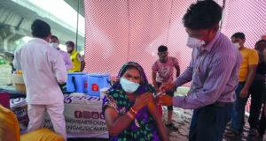 الجرعة المعززة من «فايزر» تقلل خطر الإصابة بكورونا