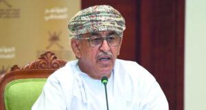 وزير الصحة: تحسن المؤشرات الوبائية فـي السلطنة لا يعني التراخي فـي الالتزام بالإجراءات الاحترازية