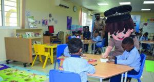 «الشرطي الصغير» يزور رياض أطفال الشرطة