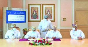 «الإسكان والتخطيط العمراني» توقع خمسة عقود انتفاع بأكثر من 3 ملايين ريال عماني