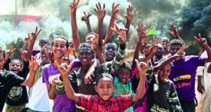 السودان: الاحتجاجات مستمرة والبرهان.. يؤكد: حمدوك ليس معتقلا