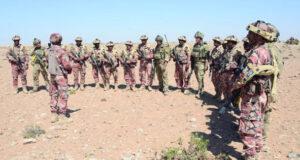 قائد الجيش السلطاني العماني يتابع فعاليات «خنجر عمان»